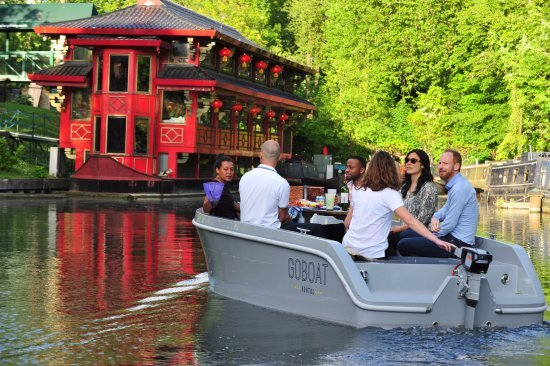 self boat London activity
